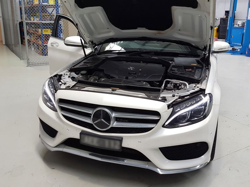Mercedes service cost