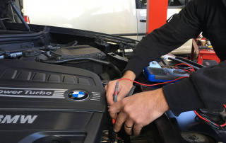 BMW mechanic Melbourne at work